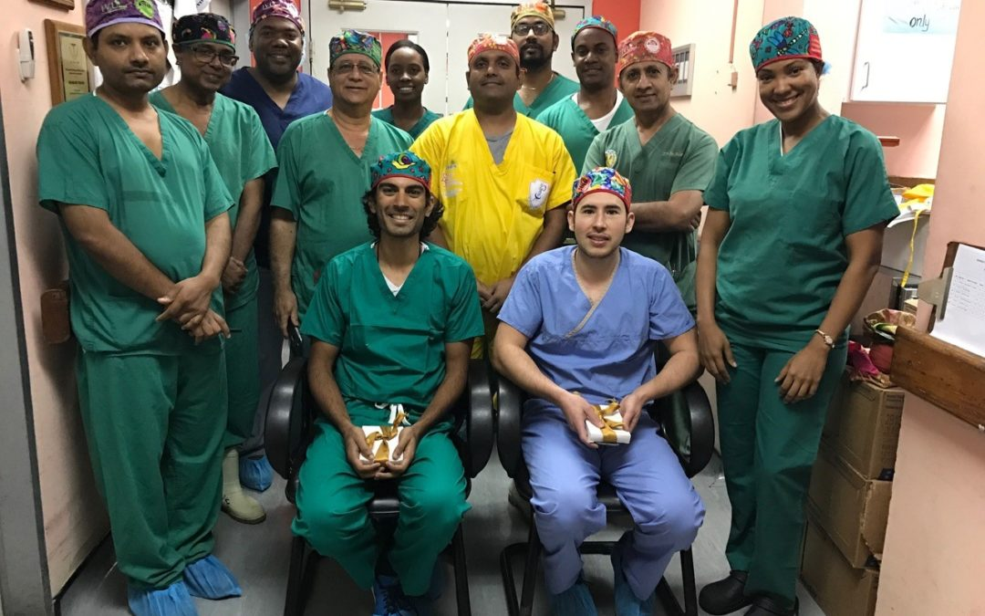 IVUmed Resident Scholar, Dr. Kabra, Helps Teach Laparoscopic Nephrectomy in Trinidad